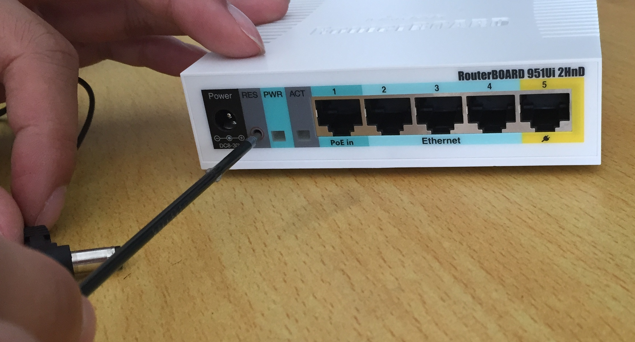 MikroTik ROS how to reset router to factory default configuration
